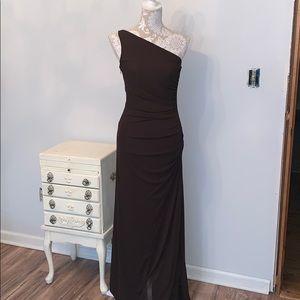 Gorgeous one shoulder dress